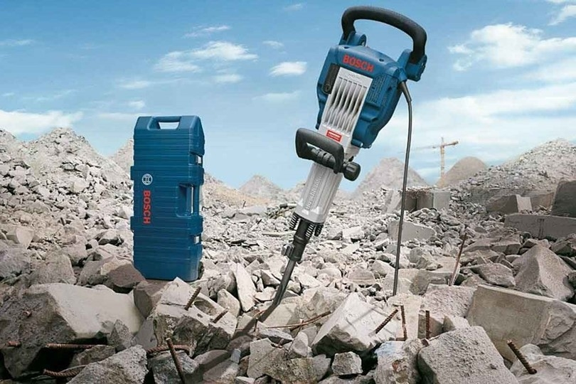 By following these tips, the demolition hammer will not be damaged